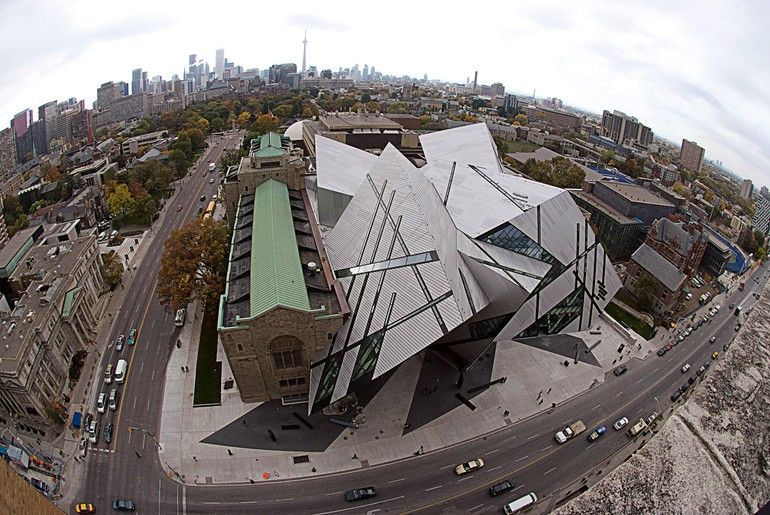 Royal Ontario Museum e CN Tower