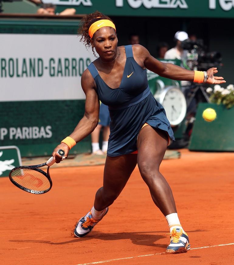 "Serena ""deitando"" no saibro"
