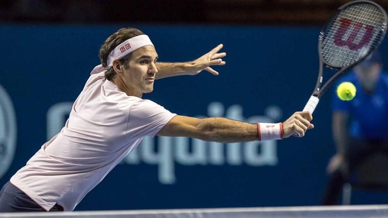 b075a76c08 Federer faz jogada brilhante durante vitória na Basileia  assista ...