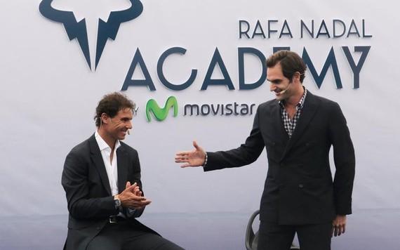 Nadal recebe Federer na abertura de academia