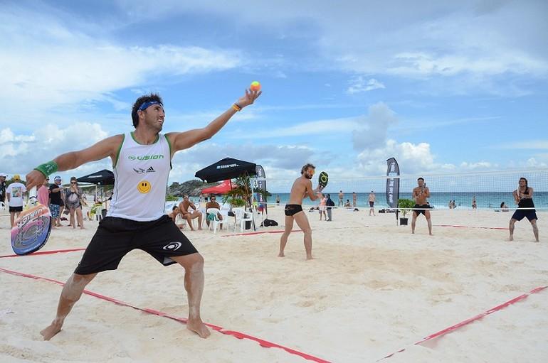Aperfeiçoe o saque do beach tennis · Revista TÊNIS 573678d7538f8