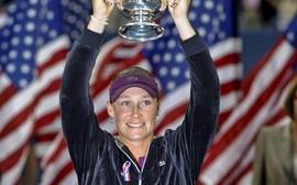 Stosur tem sobrenome trocado e ataca organização do US Open