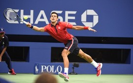 Djokovic concede entrevista testando suas habilidades no tênis de mesa
